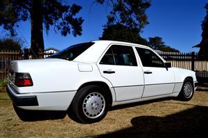 1994 Mercedes Benz 200E