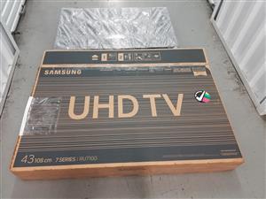 Samsung 4k UHD 43inch TV for sale