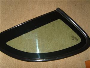 PT CRUISER Rear side Quarter Glass