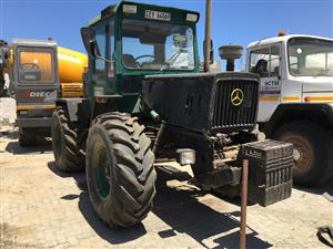 Merc Benz 4x4 Tractor - ON AUCTION