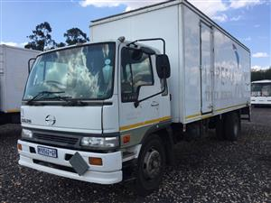 Hino 15-207 Closed Bin Stepping Loader 2002 Pre-Owned Truck