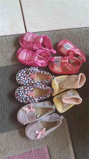 724d11c1445bb Baby Girls Shoes, Size 2 and 0 - 3 months clothes | Junk Mail