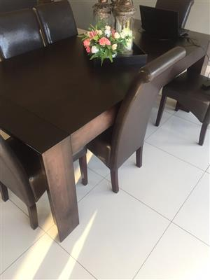Coricraft Leather Dining set for sale R6900
