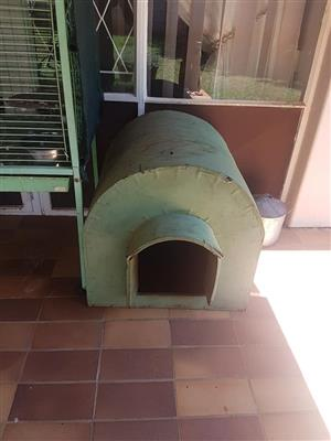 Small green dog kennel for sale