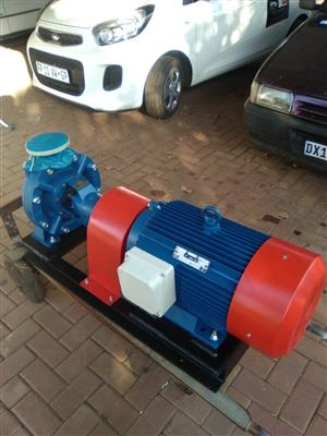 Electric Water Pump 24/54 m3/H and 86/75m Head.