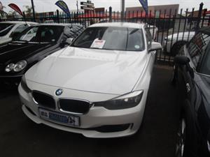 2013 BMW 3 Series 318i