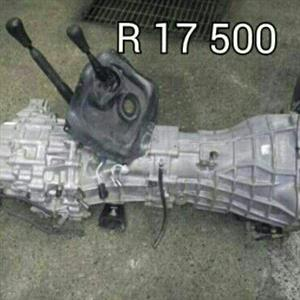Nissan Navara D22 4WD Gearbox. R17500