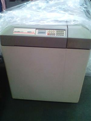 AGFA Accuset 1000 Imagesetter with processor