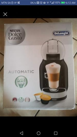 Delonghi Capsule Coffee Machine