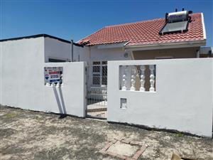3 Bedroom House For Sale  Pelican Park,