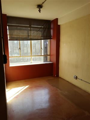 Bachelor Flat to rent in Johannesburg CBD