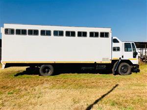 5 Birth Horsebox Truck
