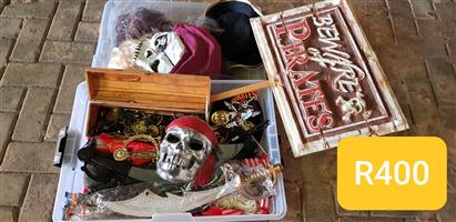 FOR SALE: PIRATE PARTY ACCESSORIES