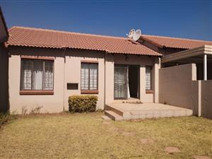2 Bedroom Simplex Available