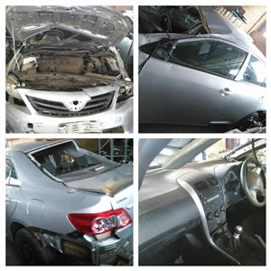 STRIPPING 2013 TOYOTA COROLLA CAR SPARE PARTS