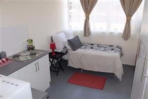 Sandton small furnished garden cottage to rent for R4000
