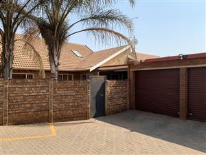 Spacious 5 Bedroom Home with 2 Bathrooms & 2 Garages