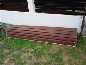 3 roll up garage door in excellent condition