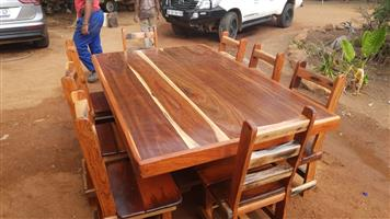 8 seater Sleeper diningroom set