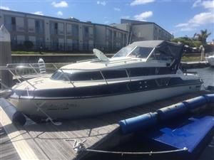 Coronet 26ft with 2x4.3LTR Mercruise Motors