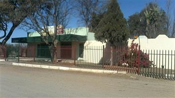 28double bedroomed guest house