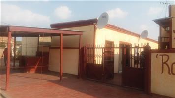 Rooms to rent in soshanguve block P