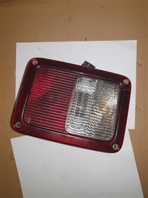 JEEP WRANGLER TAIL LIGHT (FOR SALE)