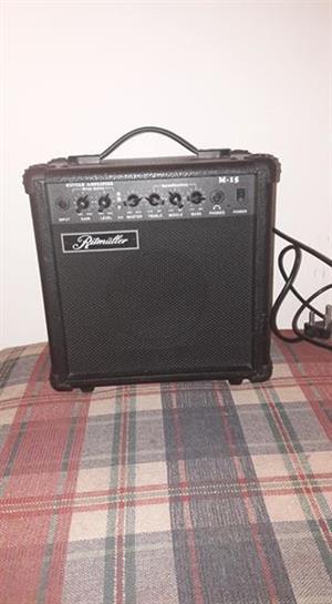 Ritmüller M15 guitar amplifier