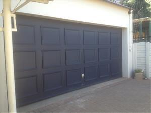 Very good condition double garage door
