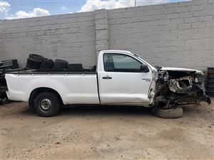 Toyota Hilux 2.5 D-4D S/Cab - 2006 model - Stripping for spares