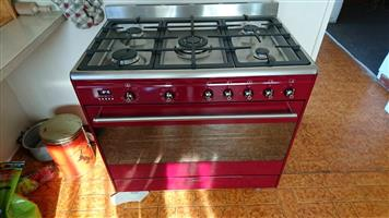 5 plate gas /electrical stove/oven Smeg for sale
