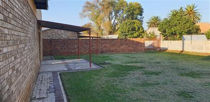 HOUSE FOR SALE IN POTCHEFSTROOM, BAILIE PARK