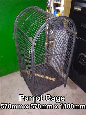 Parrot cage Parrot cage 570mm x 570mm x 1100mm 	R1500.00 negotiable