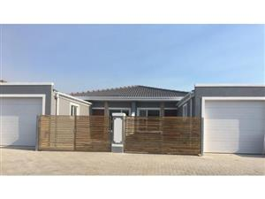 3 bedroom House for sale in Lotus River
