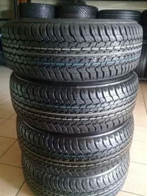 265/60/18 Dunlop grand track AT