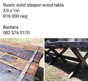 Solid sleeper table