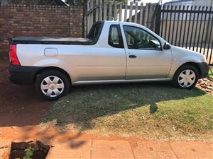 Nissan NP 200 for sa