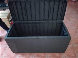 Big grey container for sale