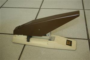 Rexel Giant stapler
