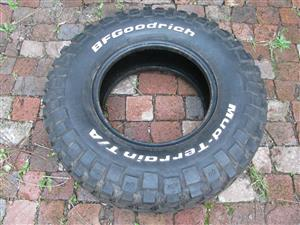 4 X BF GOODRICH TYRES FOR SALE 31X10.50/R15 MUD TERRAIN,ONLY 1000km DONE