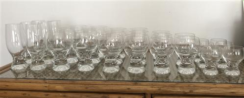 Wine glass set, 5 sizes