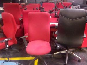 only R100 a chair 70x in a lot