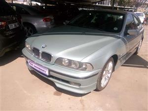 2002 BMW 5 Series 528i Luxury
