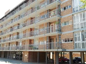 Two Bedroom Flat to Rent on 2nd Floor - Mayville Pretoria