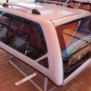 Chevrolet Utility 12-18 Beekman Executive Canopy
