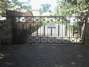 Gate for sale 5X2 meter