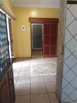 1 Bedroom garden flat to Rent