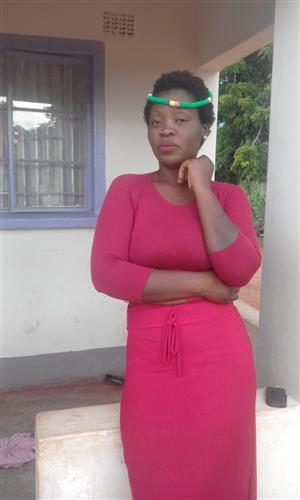 Noma (27)Exp and dedicated lady from Soweto needs work Asap