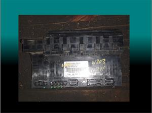 Mercedes w203 rear fuse box for sale