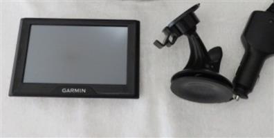 "Garmin Drive 50LM (5""Screen) Life Time Maps"